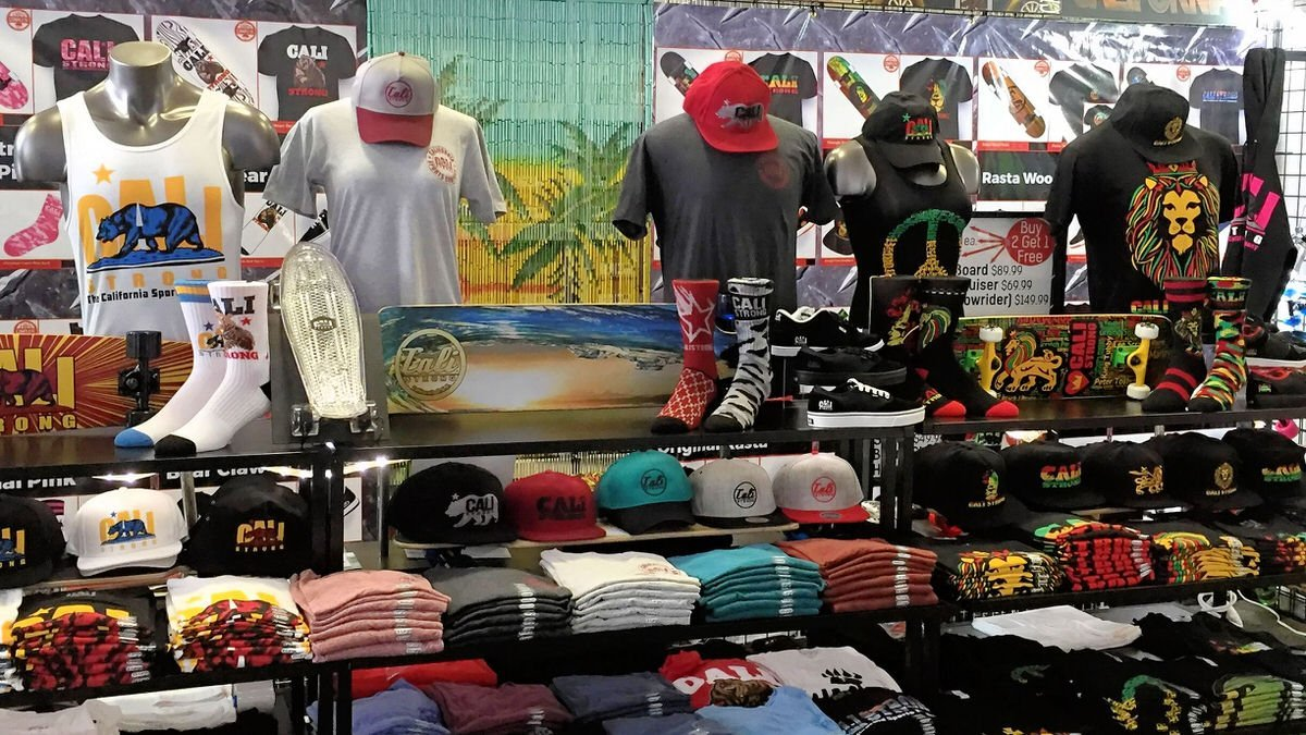 Del Mar Fairgrounds Seaside Tent Booth 3313