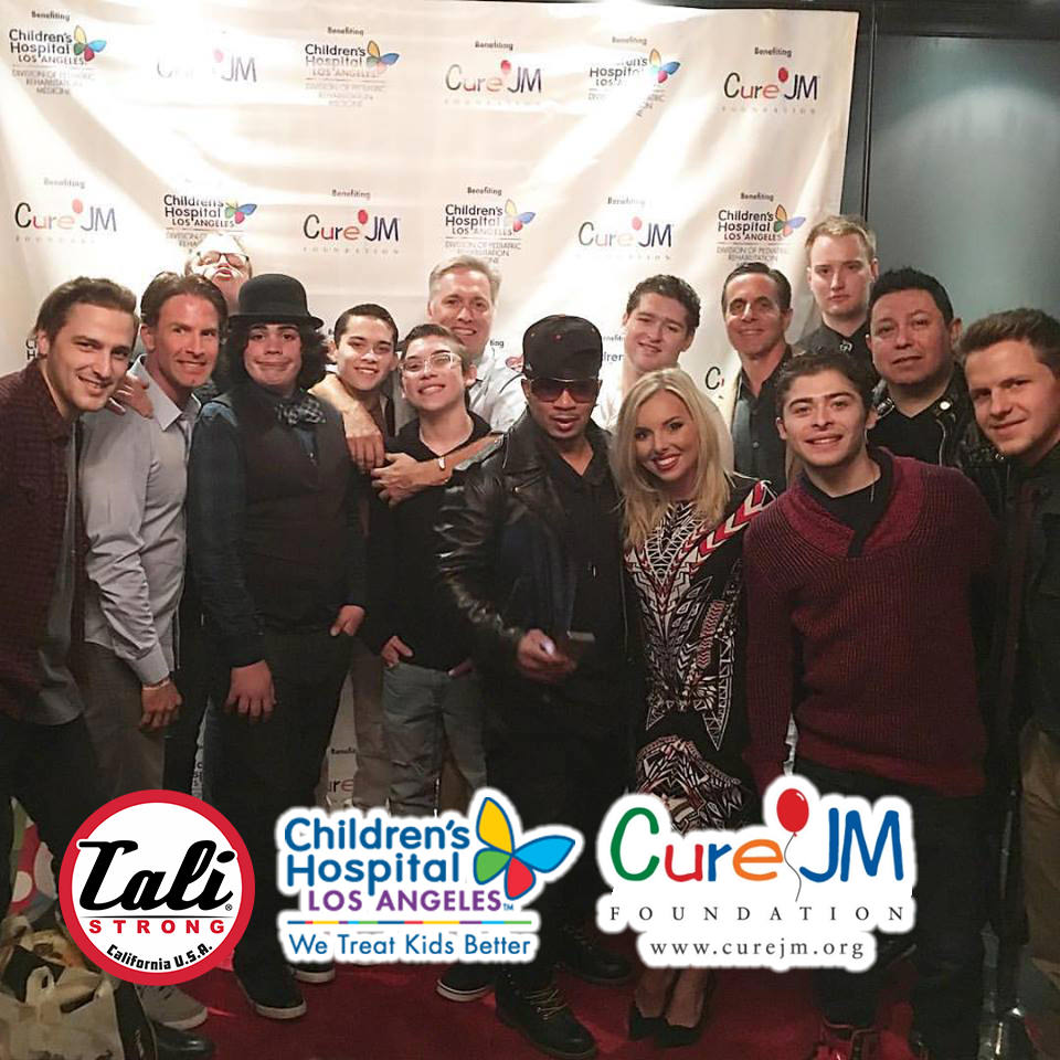CALI Strong helps the Cure JM Foundation & Children's Hospital Los Angeles Christmas 2016: CALI Strong helps the Cure JM Foundation & Children's Hospital Los Angeles Christmas 2016