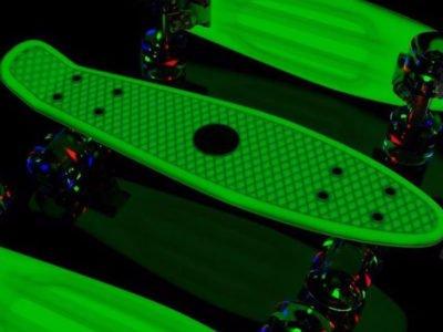 "Glow-in-Dark Pink Penny Board Style 22"" Mini Cruiser & LED Light Wheels"